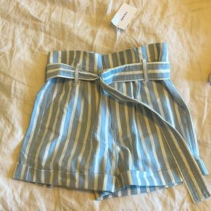 NWT FRAME linen shorts
